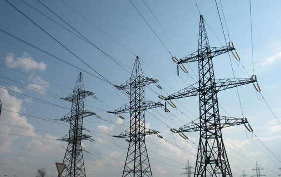 СМИ: Из-за жары Украина закупит электроэнергию в России с наценкой