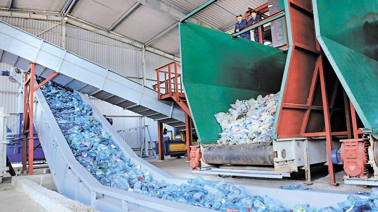 Единственный в Украине мусороперерабатывающий завод не работает из-за «дыри» в законе
