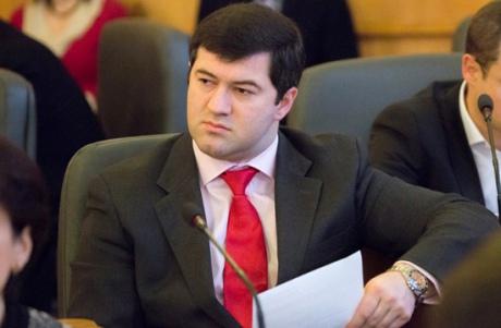 Насыров обеспокоен зарплатами украинцов