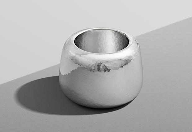 Дизайнер Марк Ньюсон создал серебряный чайный сервиз