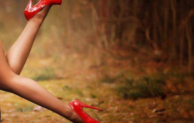 11 обувных трюков, благодаря которым ноги не будут уставать даже в конце дня