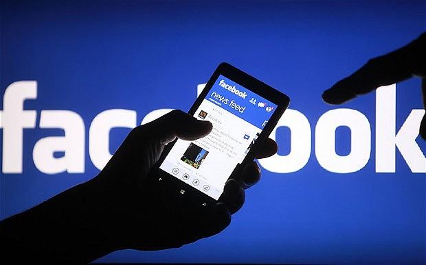 Facebook отключил платные услуги крымчанам