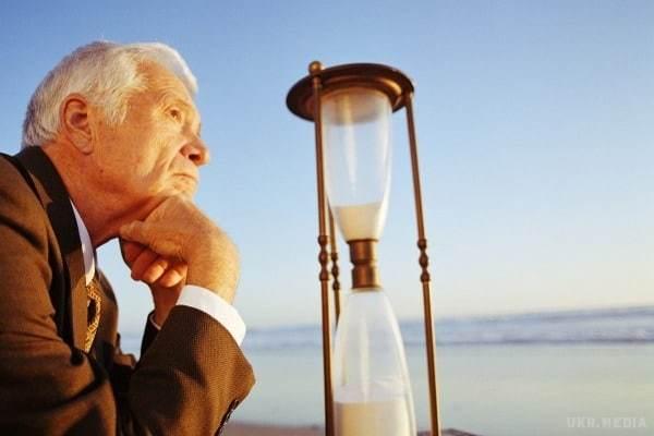 Повышение пенсионного возраста не залатает дыру в Пенсионном фонде