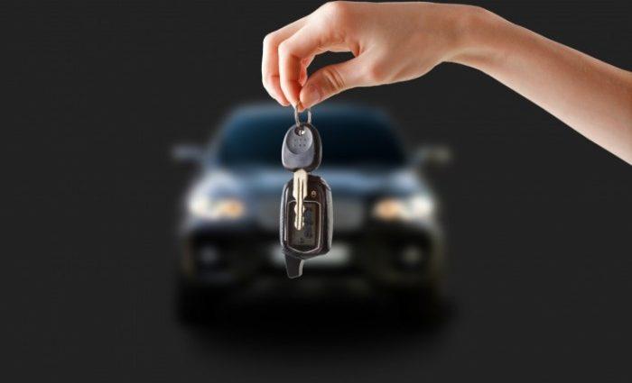 Украинцы активно скупают нерастаможенные авто
