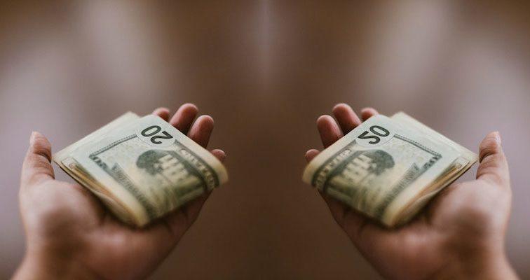 Можно ли купить счастье за деньги? Да, если тратить их правильно!