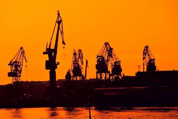 На Волыни одной фирме хотят отдать торф, медь, газ и нефть