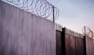 На строительство стены «распилят» еще 200 миллионов гривен