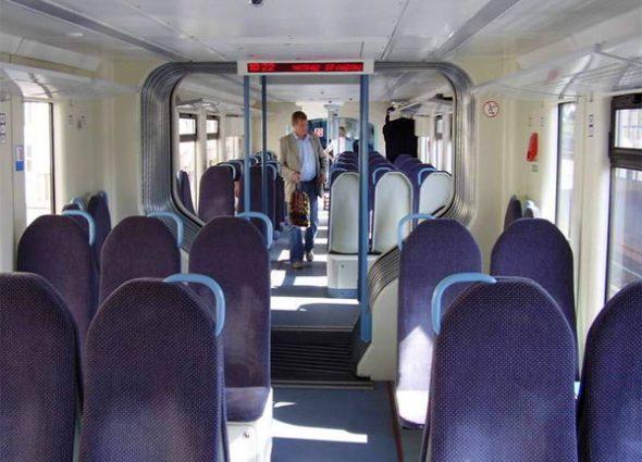 Укрзализныця запустит вагоны-трансформеры и рельсобусы
