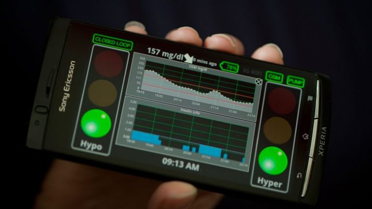 Смартфон поможет регулировать уровень сахара в крови диабетиков
