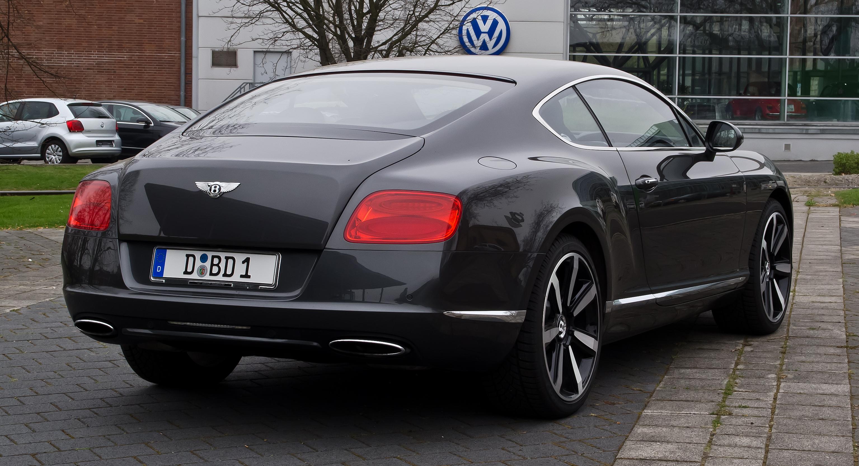 Bentley_Continental_GT_II_–_Heckansicht_4_5._April_2012_Düsseldorf