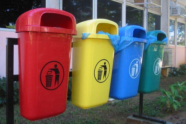Ты — сдаешь мусора, тебе — оплачивают коммунальные. новинки Днепропетровщины