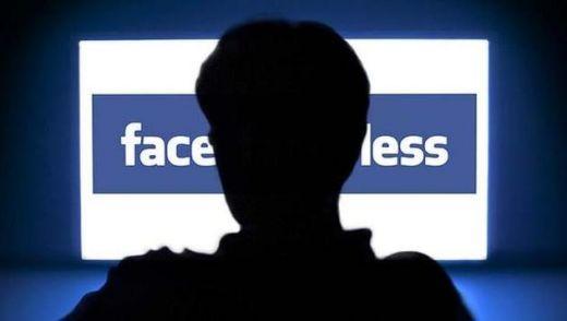 Мошенники крадут данные банковских карт через Facebook. Как защитить себя