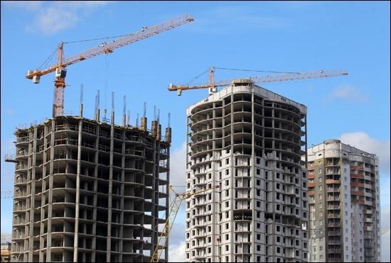 Киевляне заселяются в 15-метровые квартиры