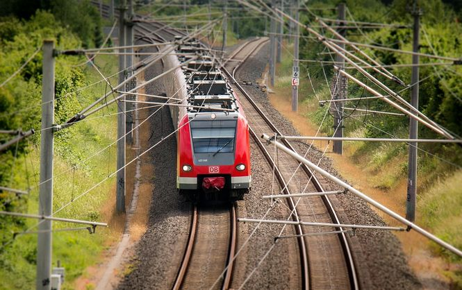 «Укрзалізниця» не досчиталась более 200 млн гривен за перевозку льготников