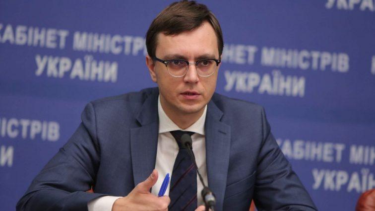 Омелян заявил о крахе отечественной судостроительной отрасли