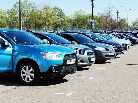 За две недели по сниженной ставке акциза в Украину ввезли 562 автомобиля