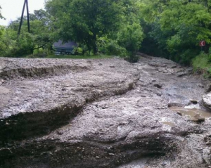 Кабмин сказал, сколько денег нужно на восстановление дорог на Донбассе