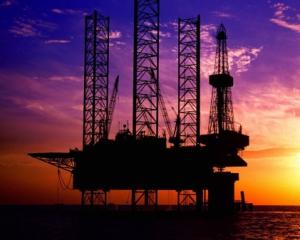 Нефть дорожает в надеждах на замораживание добычи