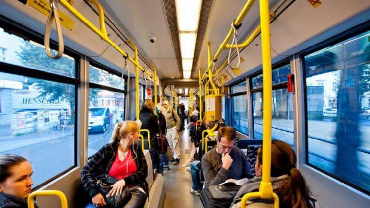 Во Львове теперь будут проверять удостоверение пассажиров — льготников