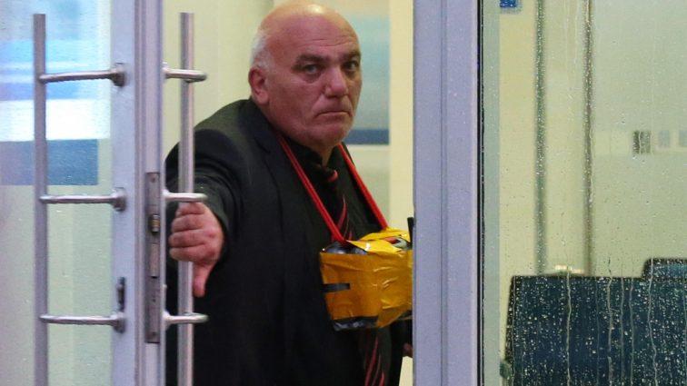 Обанкротившийся бизнесмен захватил отделение банка в Москве (видео)