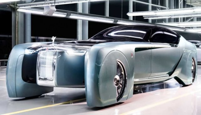 Автомобиль будущего представил этим летом концепт Rolls-Royce