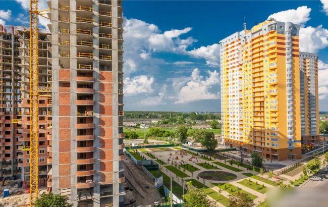 Недоступное жилье по-украински: От сноса «хрущевок» до жилья по 400 долларов