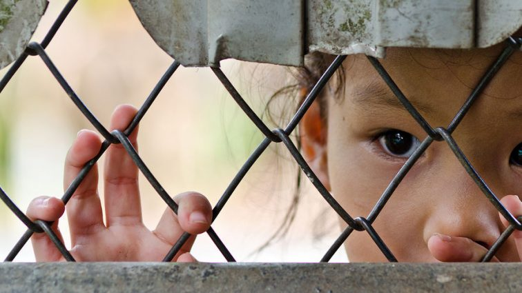 Куда ежегодно исчезают 8 тыс. украинских детей?