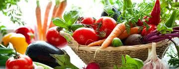 Подешевели огурцы и помидоры