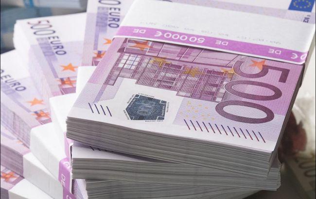 В Украине подешевел евро!