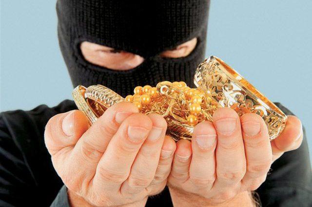 Во Львове похитили ювелирные изделия на 2500000 грн