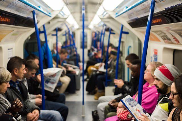 Электронный билет в общественном транспорте. Сколько Украину еще будут кормить пустыми обещаниями?