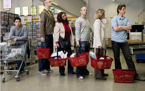 Вот как всегда вставать в самую быструю очередь у кассы супермаркета