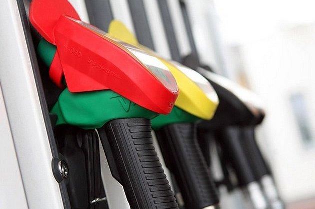 Акциз на автомобильное топливо поднимут на 32,1%