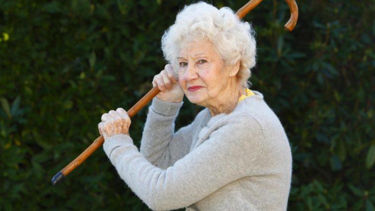 Украинцам не поднимут пенсионный возраст