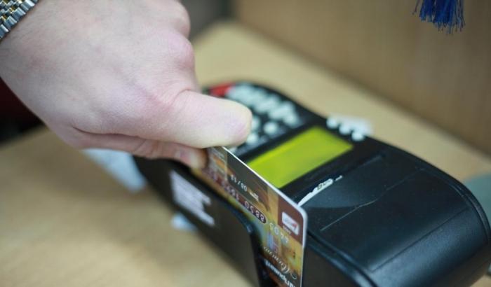 Смартфоны заменят наличку в украинских магазинах