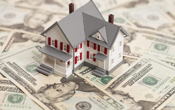 Банкам разрешили отбирать квартиры заемщиков