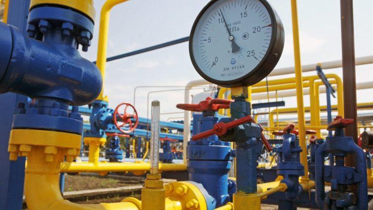 Запасы газа в украинских хранилищах выросли