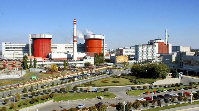 На Южно-Украинской АЭС установлено оборудование для работы с новым топливом