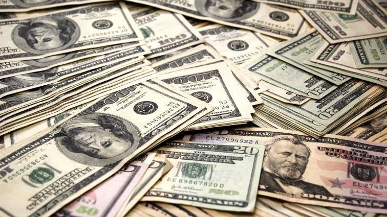 Банкиры рассказали, как выборы в США качнут курс доллара
