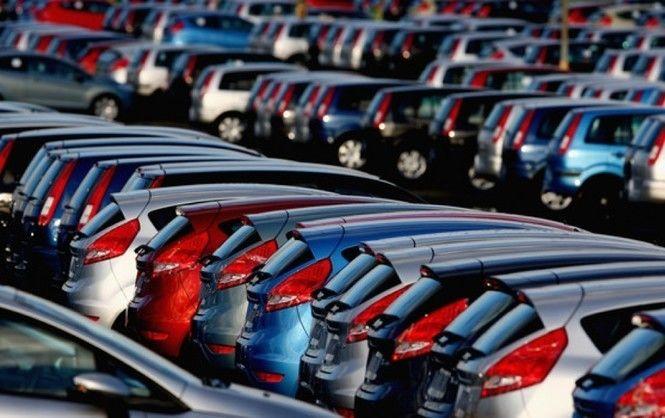 В 2017 году авторынок ждет рост: станут ли автомобили дешевле