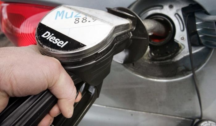 Инициативы Минфина скажутся на цене топлива