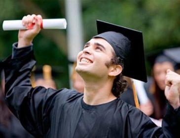 Минобразования сказало, кому повысит стипендии