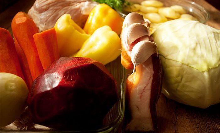 Украинские продавцы обновили цены на картофель, капусту и лук