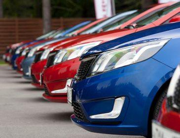 В Новый год на новом авто: ничтожны цены на автомобили с 1 января