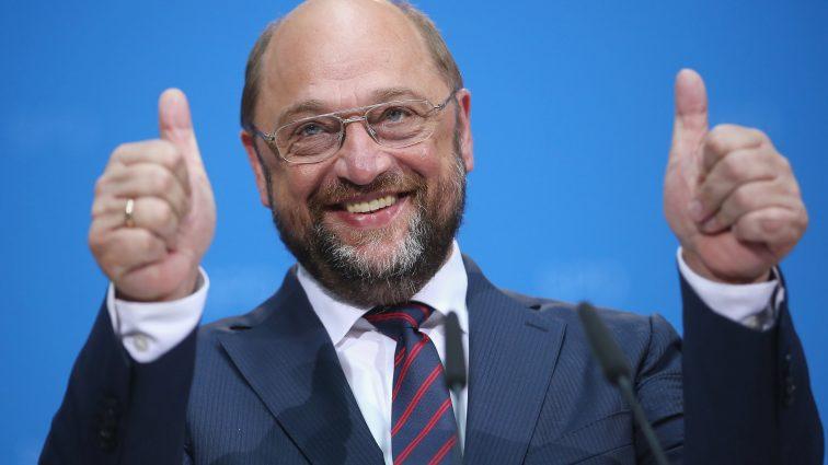 Европарламент готов отменить визы для украинцев