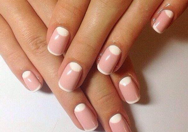 «Короткие ногти? Не проблема!»: подборка простых, удобных и красивых дизайнов, которые подойдут каждой женщине