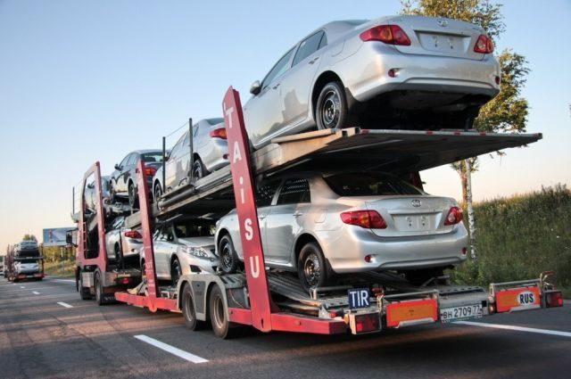 Автомобильные махинации на 4 миллиона гривен: на что идут люди, чтобы не платить таможенный сбор