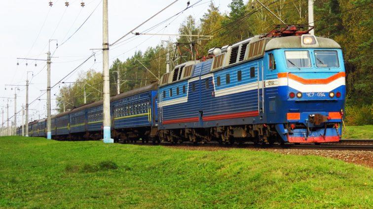 Пассажирам «Укрзализныци» предложат бесплатные завтраки и воду