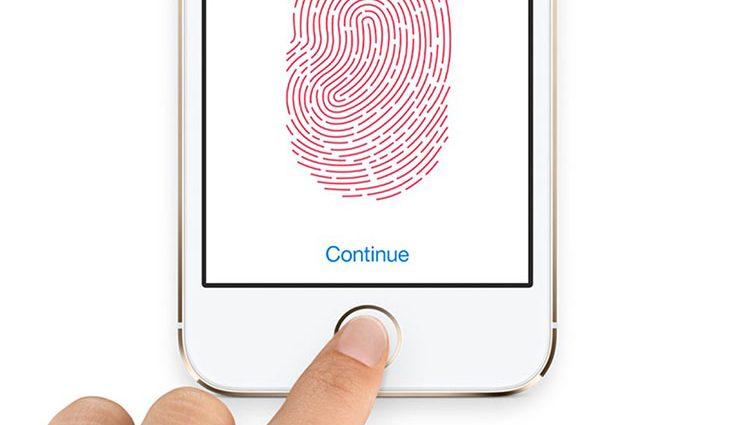 Стало известно, почему Apple откажется от сканера отпечатков пальцев