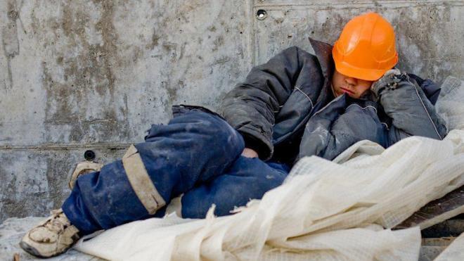 Гастарбайтеры: просто дешевая рабочая сила или мегаподдержка для экономики?